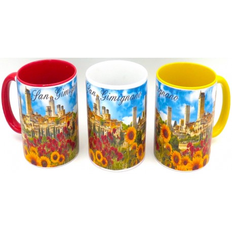 Mug in ceramica di San gimignano fotografico